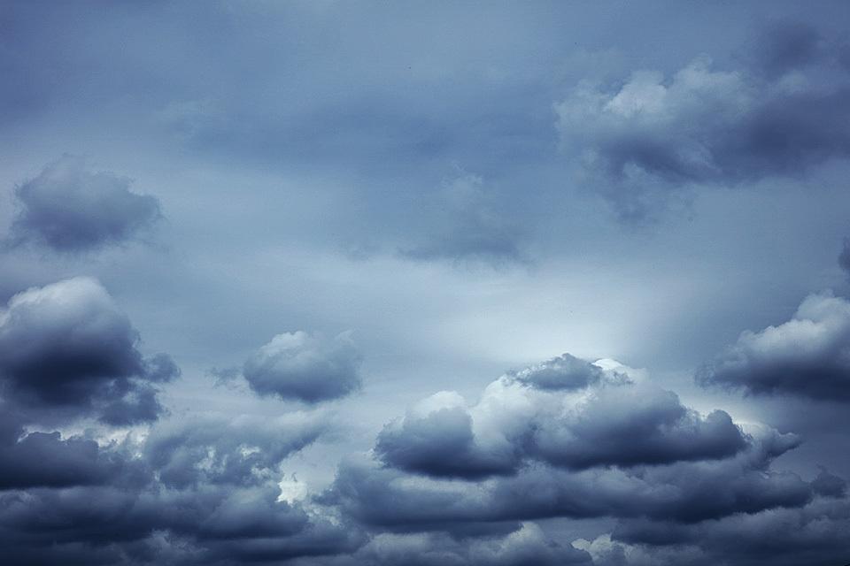 モノトーンな積雲もいいものだね