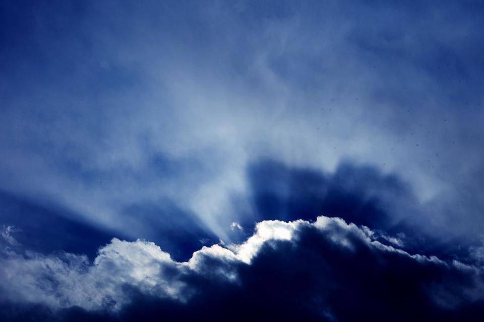 雪雲のなれの果てはそれなりに存在を主張する #1