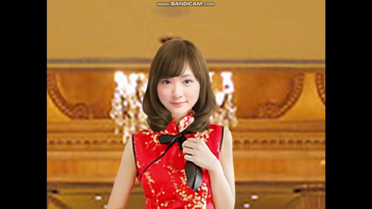 生駒里奈のチャイナドレス