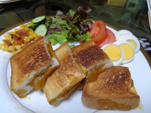 4/25 家食・カレー&チーズ袋サンド