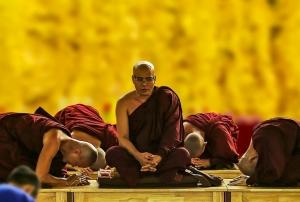 theravada-buddhism-1815662_640.jpg