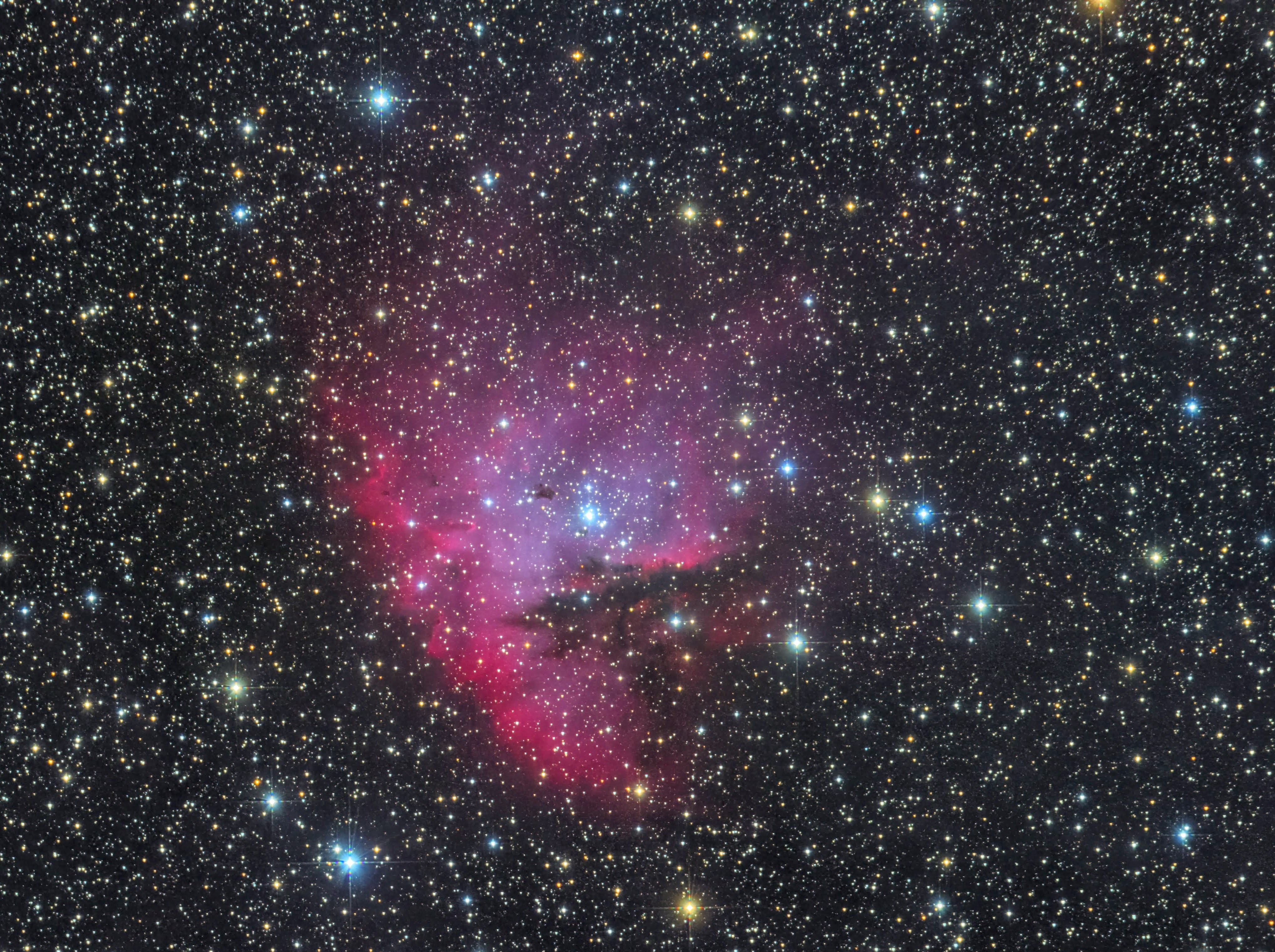 NGC281 RGB arc DG
