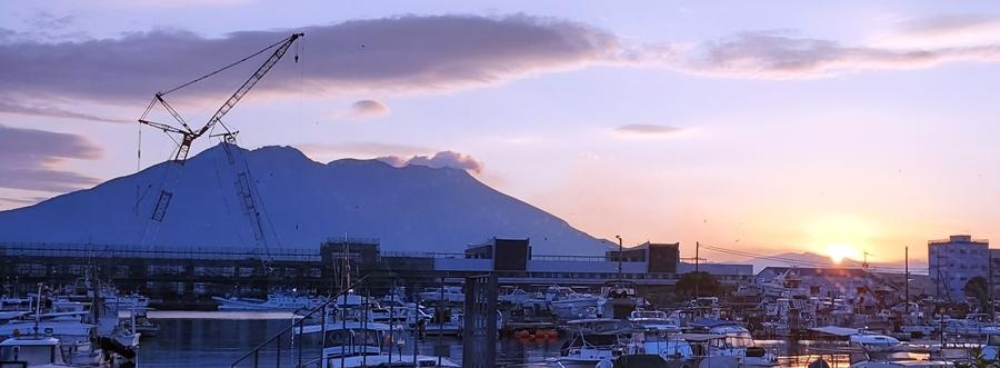 桜島夜明け11月 2