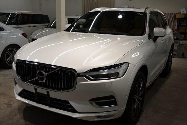 2011volvo60xc-white02.jpg