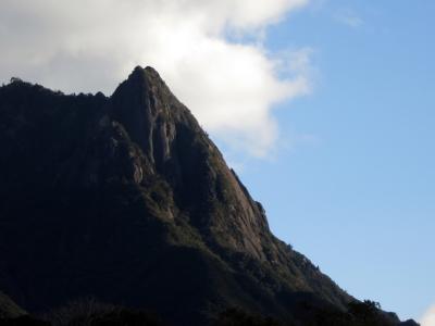 210118-12=朝陽を浴びるモ岳fmKOS南部林道入口