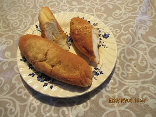 s-704大さんから頂いたパン