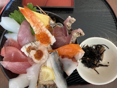 まるみ 丼物 海鮮丼 渥美半島 人気 コロナ禍 ソーシャルディスタンス