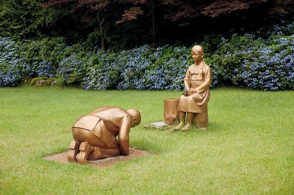 八代弁護士 安倍首相の土下座像で韓国政府に「関与できないは許されない」