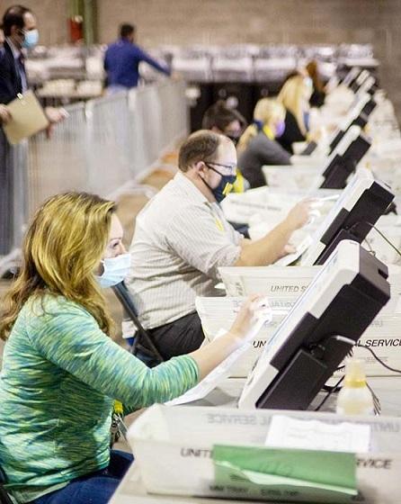 違法な外国人票 バイデン氏へ  米大統領選でバイデン前副大統領に米国内の多数の外国人が投票していた可能性があることが新たな調査結果から明らかになった。選挙結果の見直しを求めて法廷闘争を進めるトランプ陣