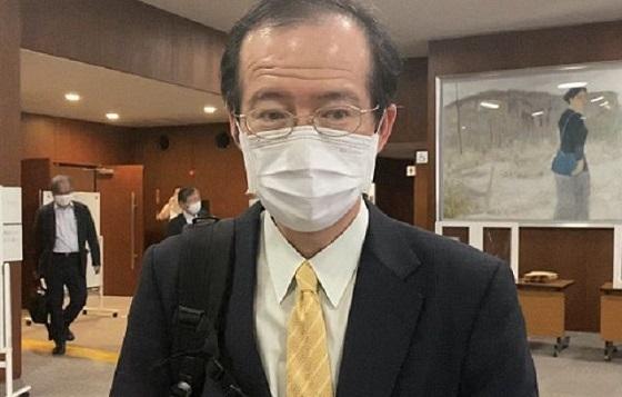 東京慈恵会医科大の小沢隆一教授(憲法学)