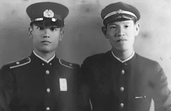 李登輝(右)と兄の李登欽
