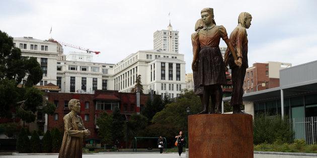 サンフランシスコ市が「ニセ慰安婦像」(売春婦像)を設置したことは、上記「数の力を頼って、西海岸の朝鮮人は今や市議会の中心層になっており、やりたい放題でマイノリティの日本人をいじめています」の象徴的な出