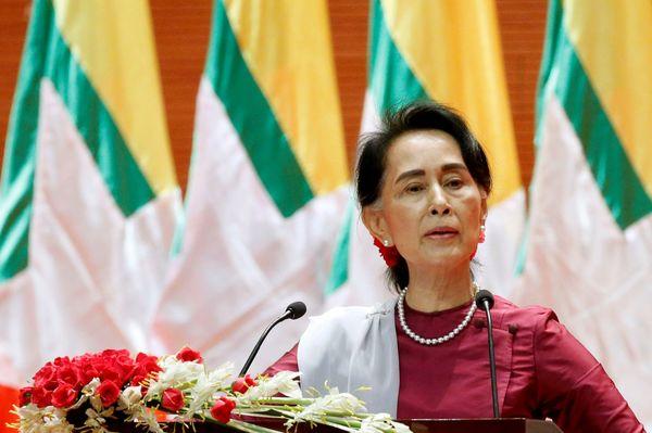 政変ミャンマー、記者が見たスー・チーの虚像と素顔