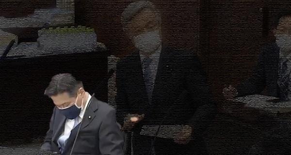 20210421白眞勲の質問中に陳哲郎が爆睡!陳哲郎「本当に多くの皆さんからクラクションの応援を頂きました」