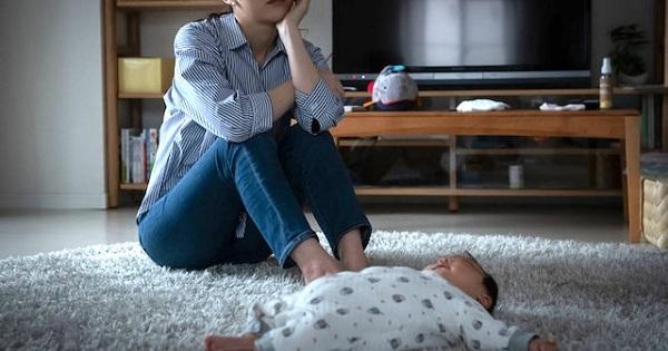 産後うつ病とは、分娩後の数週間、ときに数カ月後まで続く極度の悲しみや、それに伴う心理的障害が起きている状態をいいます。