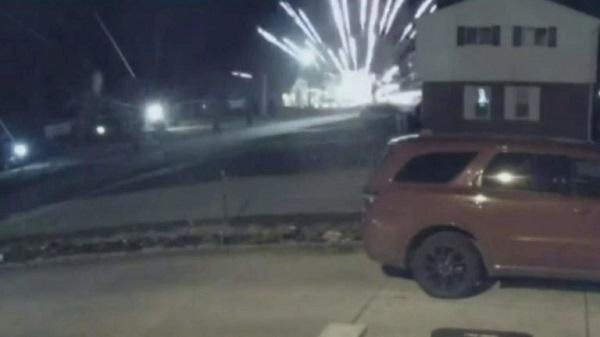 ミシガン州のトランプ支持者の家が爆撃された。MSMからのコオロギ