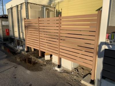 6棟物件給水設備更新ウッドデッキ