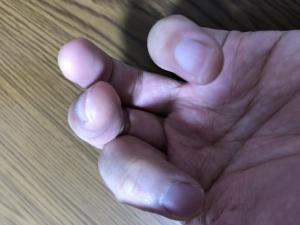 Gの時の指の形