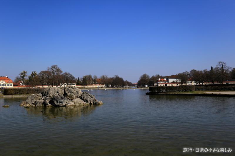 ニンフェンブルク城 池
