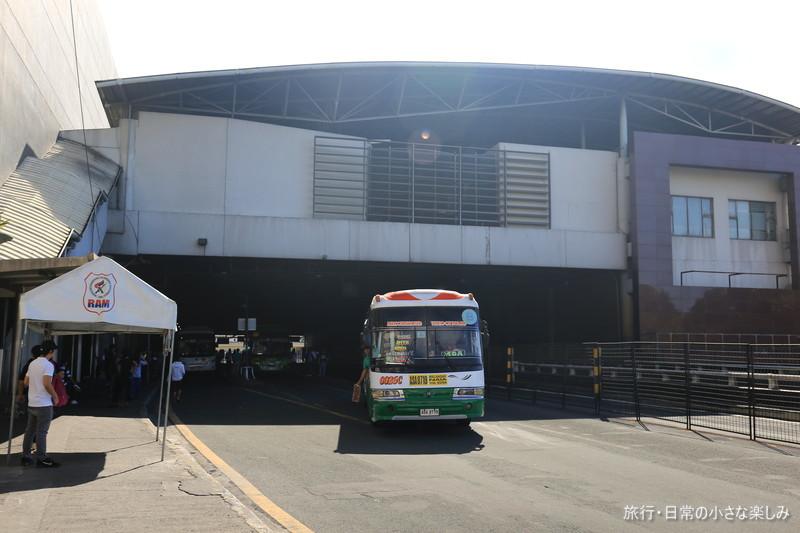 マニラ 鉄道 バス