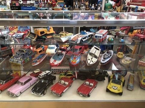 25おもちゃ屋
