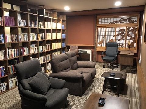 12図書室