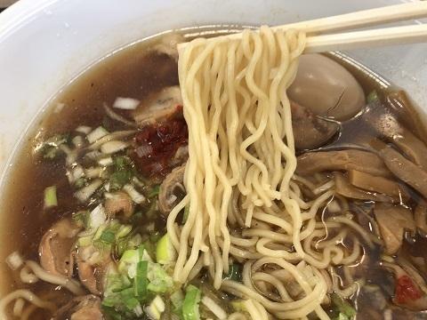 ホルモン中華麺アップ