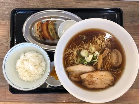 味玉中華餃子ライス