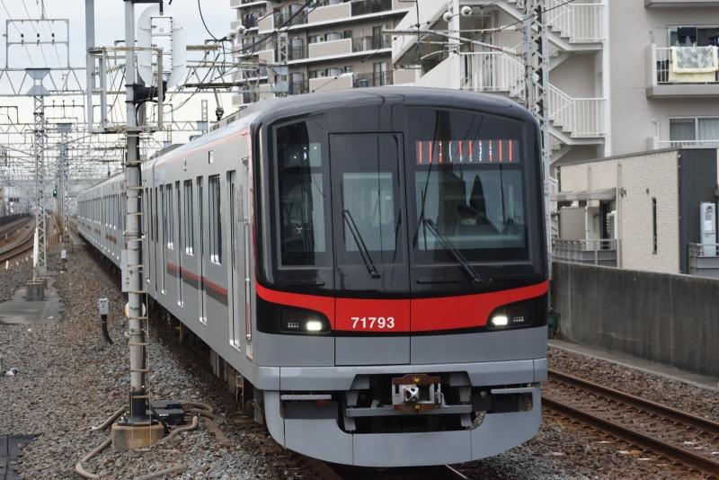 20201108獨協大学前駅_東武鉄道71793