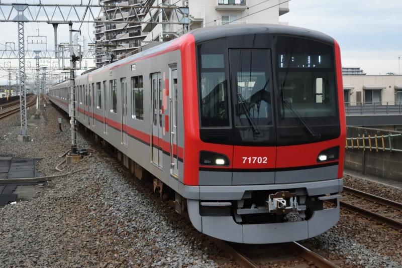 20201108獨協大学前駅_東武鉄道71702