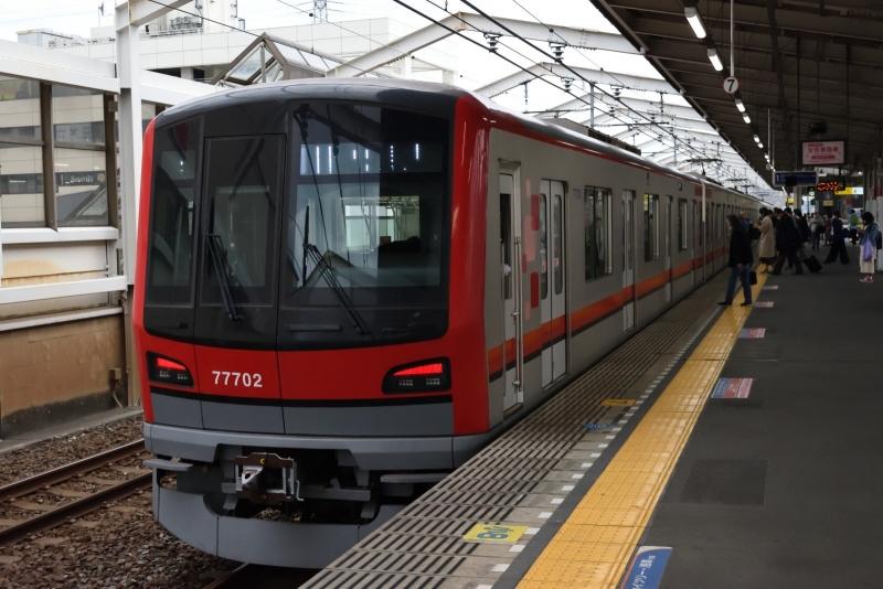 20201108獨協大学前駅_東武鉄道77702