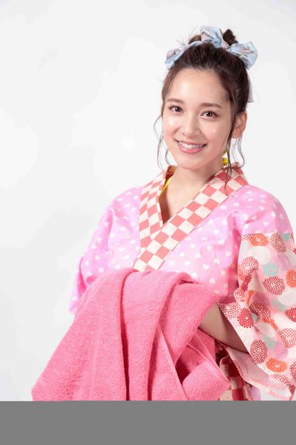 Fカップ都丸紗也華がサウナの熱波師役で舞台初出演