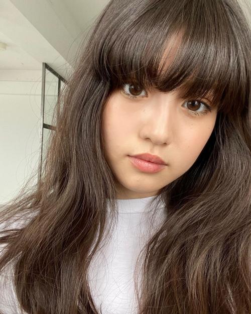 今田美桜 、容姿の変化が話題に 自撮り風投稿に「別人すぎる」の声