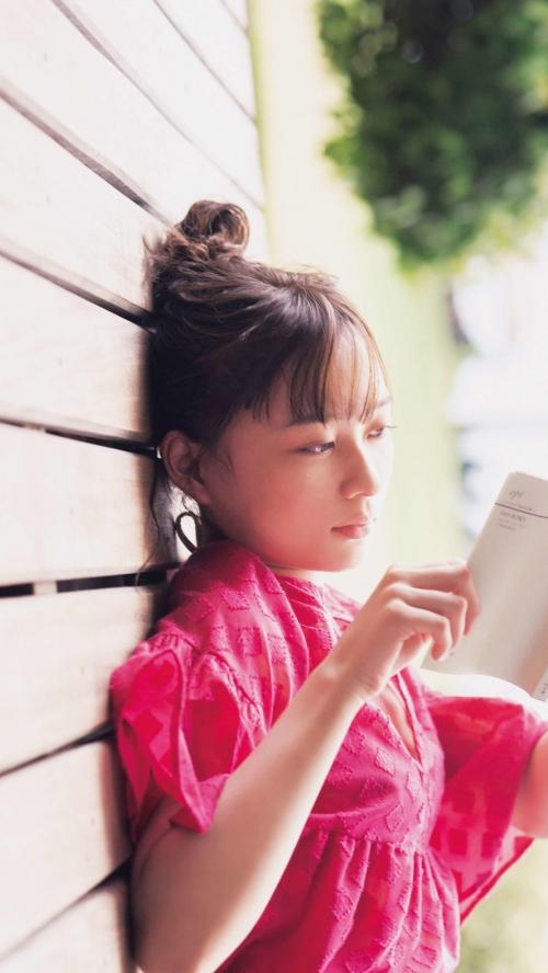 【乃木坂46】鈴木絢音(21)、「夢にも思わなかった」初ソロ写真集発売決定!水着姿披露 初々しさや恥じらいを感じる下着姿も