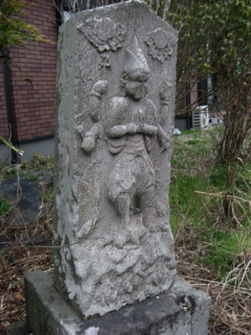佐野市・雀神社西の青面金剛像