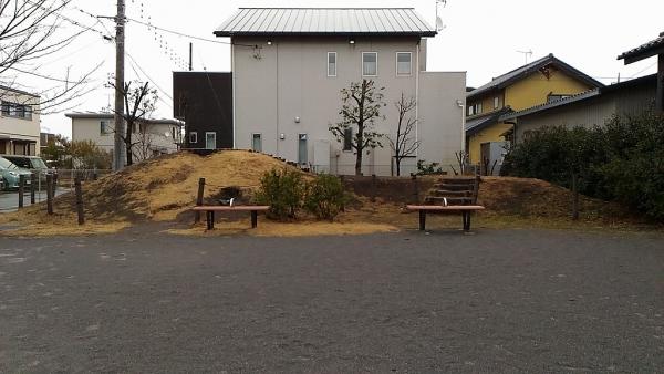 にいぼり公園古墳1