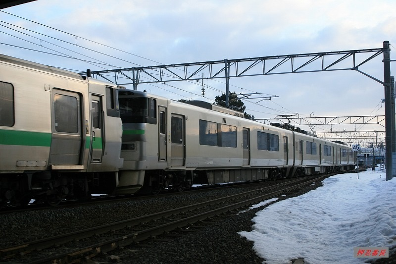 126M 733系電車B-102+735系電車A-102 20200316
