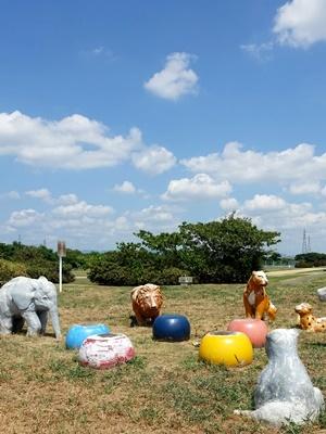 公園の動物オブジェ2008