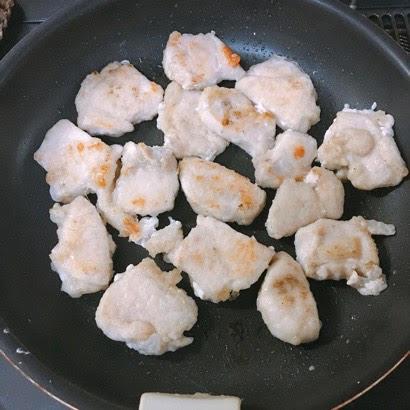 フライパンde簡単♡鶏むね肉とれんこんのバター醤油照り焼き⑧