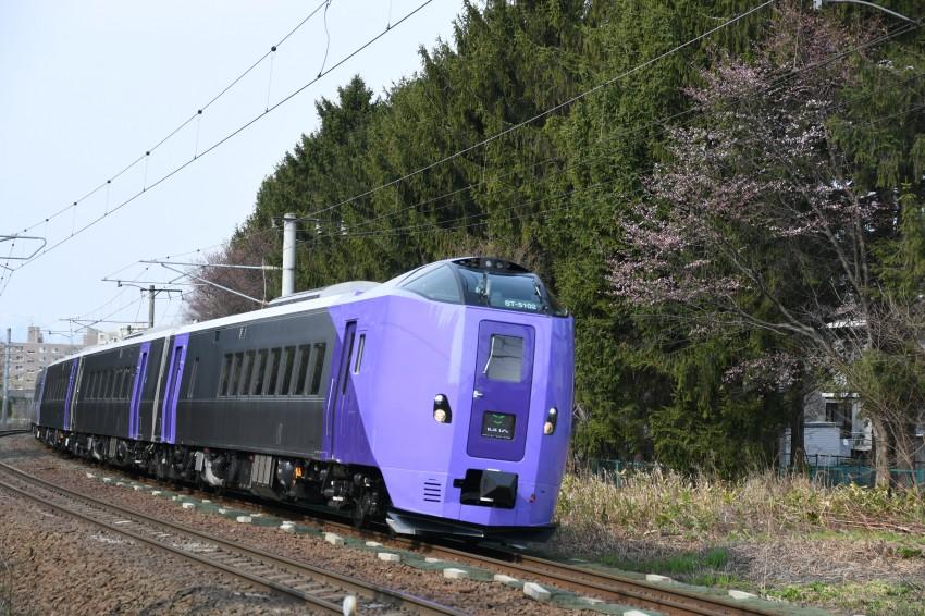 ST-5102DSC_7610-1.jpg