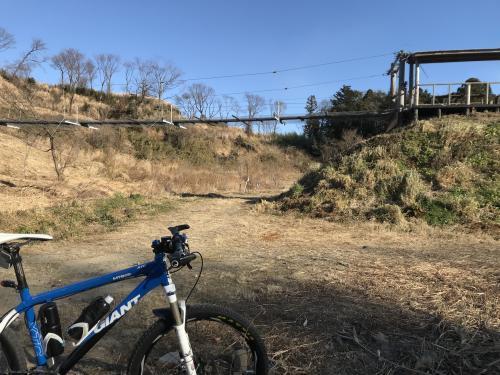 【万本桜の吊り橋】・3