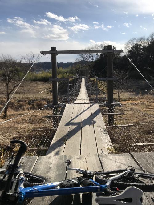 【万本桜の吊り橋】・10