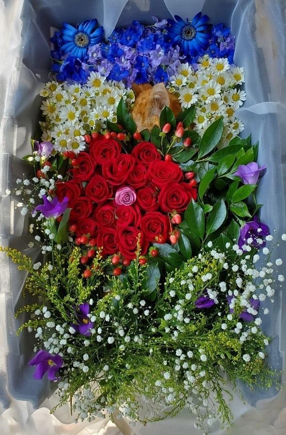 4花の舟に揺られピースリス
