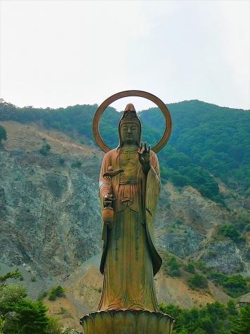 大西観世音菩薩像