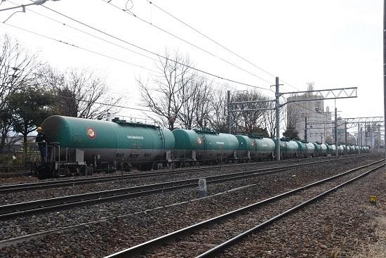 2020年2月8日撮影 南松本にてHD300が牽く緑タキ