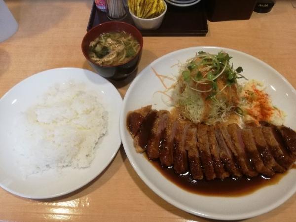 MotomachiKuma_006_org.jpg