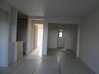 3階床フローリング貼り完了