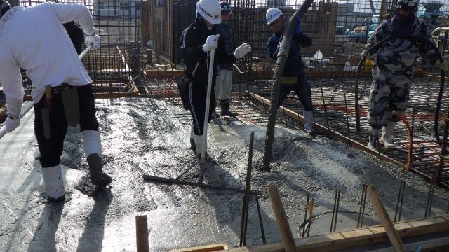 1階土間コンクリート打設