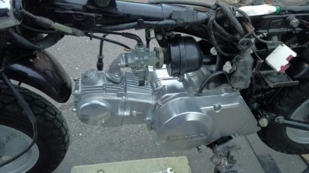 エンジン組み付け