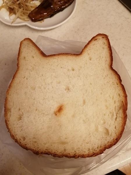 朝はパン5